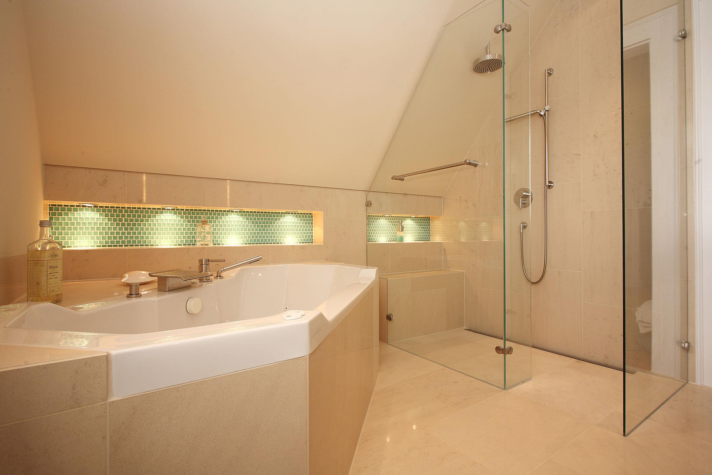 Dusche In DachschräGe @EE59   Startupjobsfa